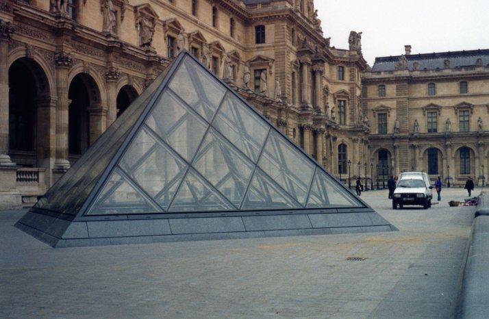 Le Louvre. Foto: Bárbara