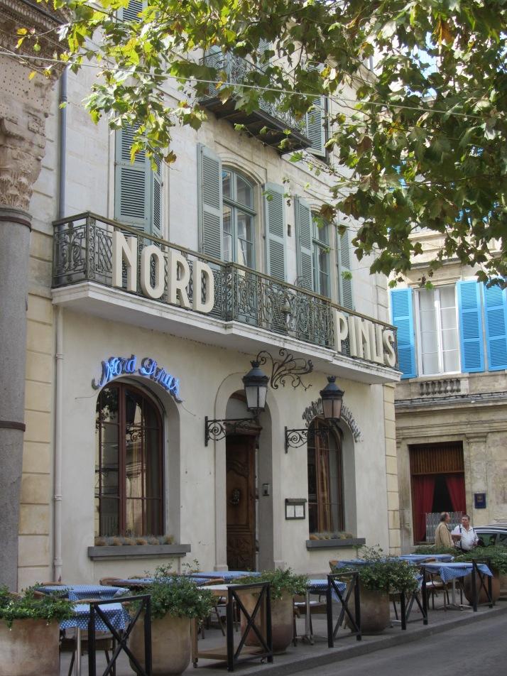 Fachada del hotel Nord Pinus (Place du Forum). Foto: Bárbara