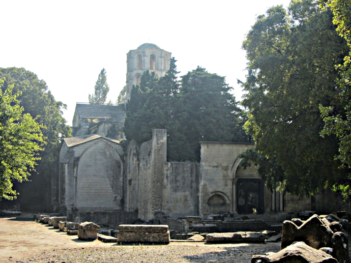 Saint-Honorat y la linterna de los muertos. Foto: Bárbara
