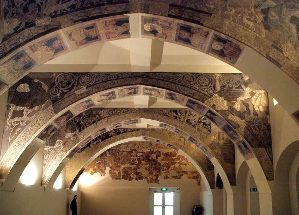 de Santa María de Sigena, hoy en el MNAC (Barcelona)  La Estirga