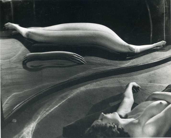 """André Kertész: """" Distorsión 136"""""""