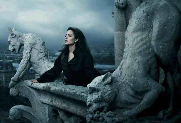 "Annie Leibovitz: "" Angejine Jolie"""