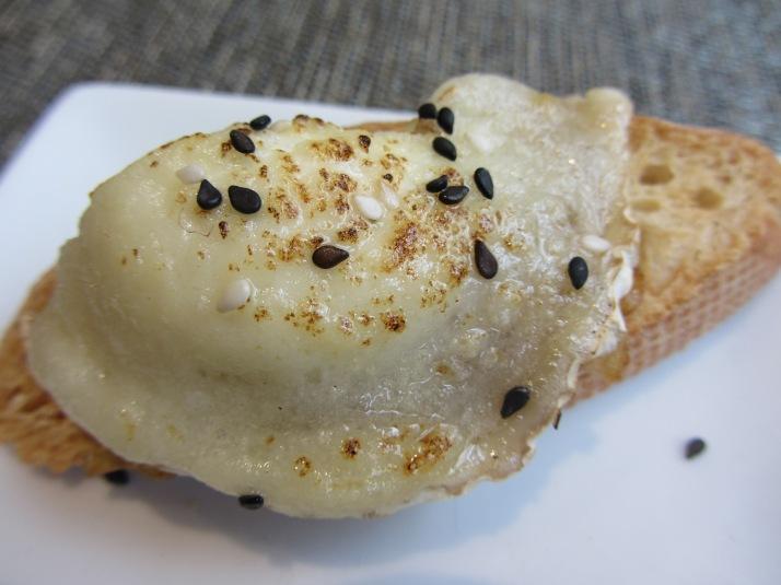 """Foto: Bárbara. """"Tosta de cebolla caramelizada con queso de cabra"""""""