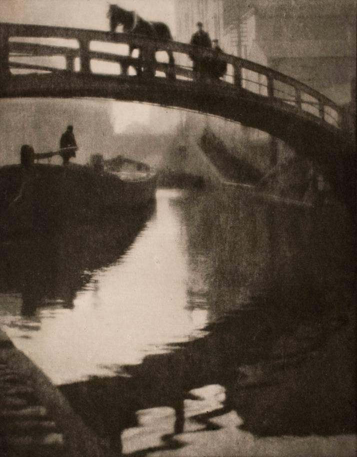 "Alvin Langdon Coburn: ""Canal de Regent"". 1909"
