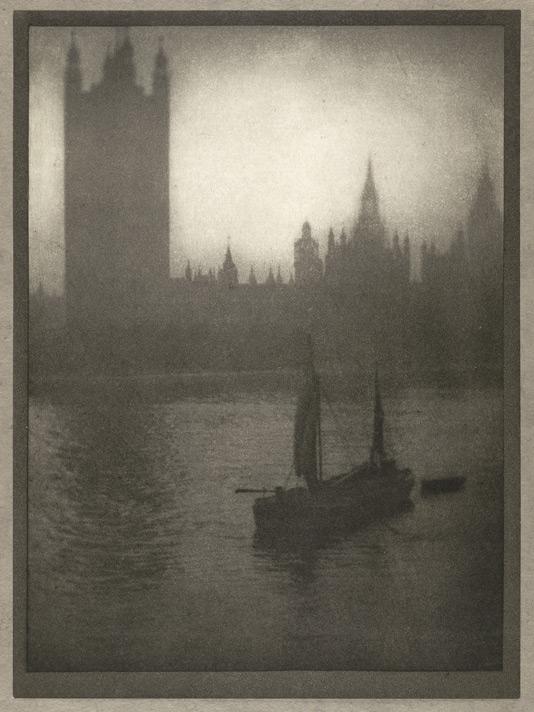 """Alvin Langdon Coburn:""""Edificios del Parlamento"""",1909."""