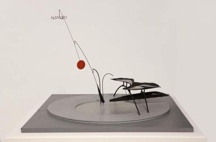 Maqueta de la fuente de Calder